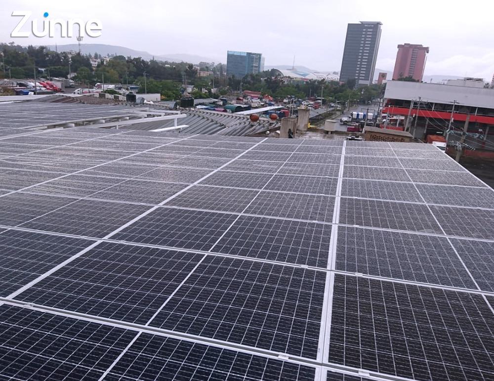 bodega-con-paneles-solares-en-mexico