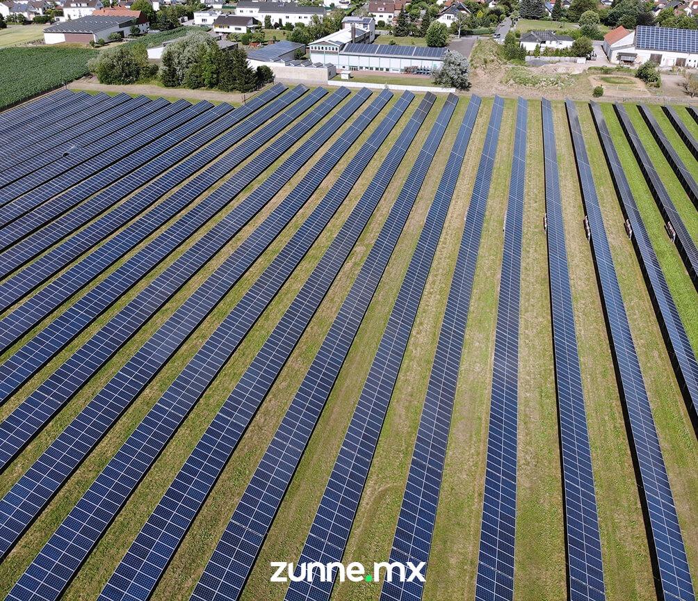 granjas-solares-interconectadas-a-la-red.