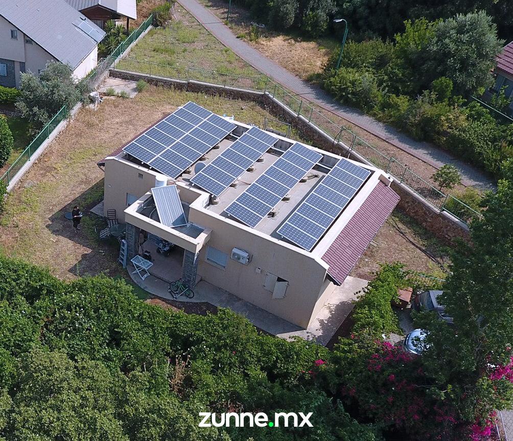 Paneles solares interconectados residencias